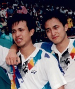 A tearful ricky subagja (r) + rexy mainaky (indon) after their emotional win at the 1996 olympics in atlanta