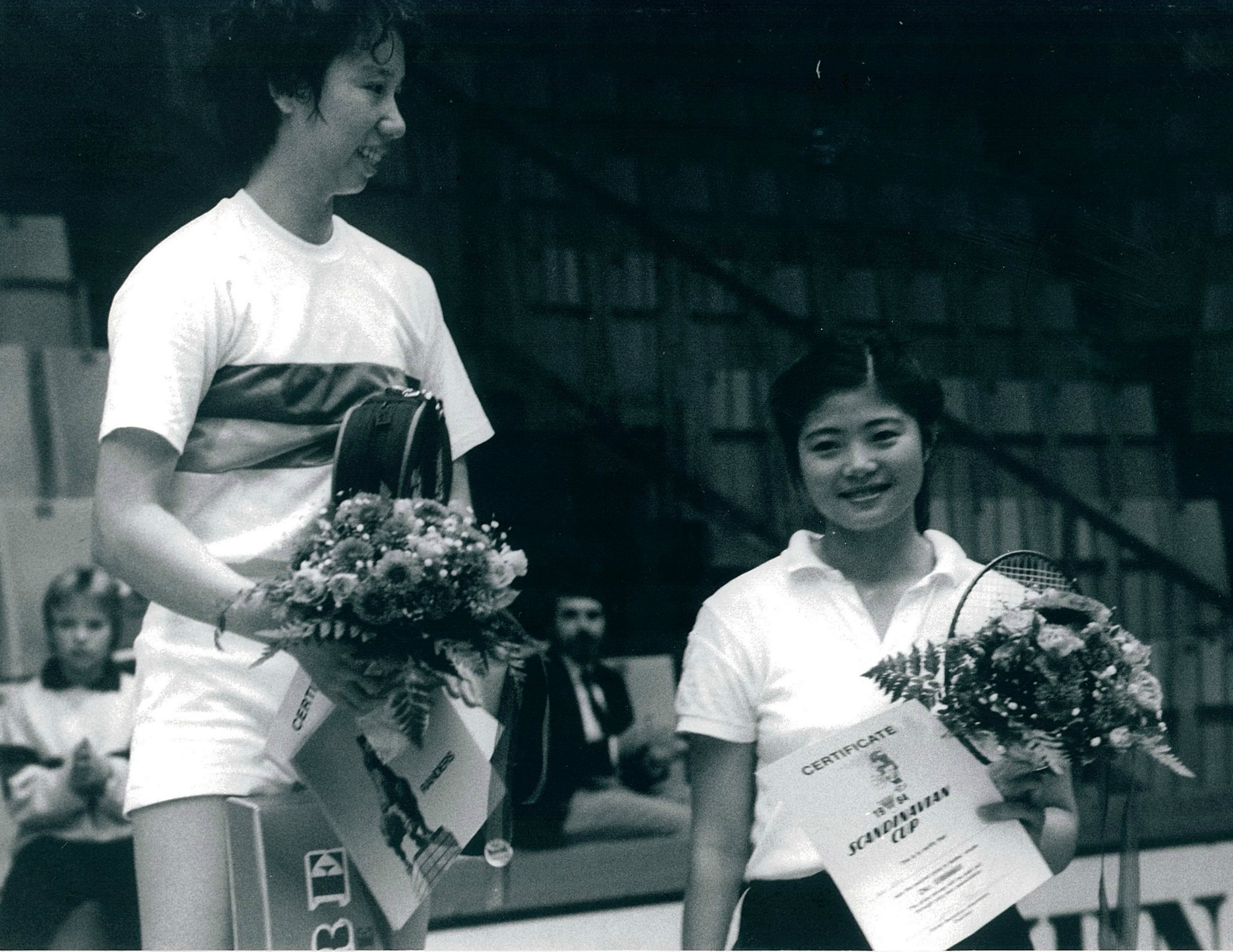 China's doubles stars han aiping (l) with wu dixi in 1984 - pic by preben soborg